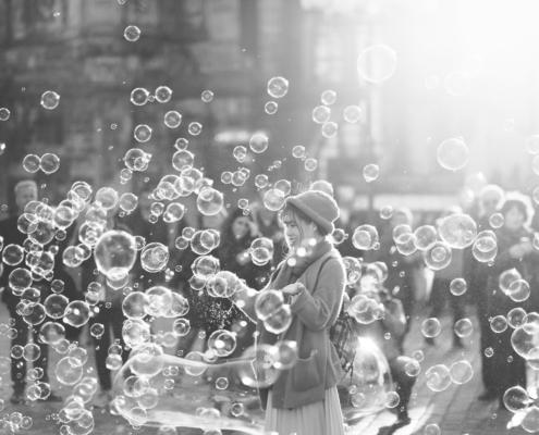 femme bulles